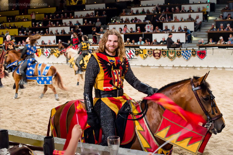 Go Red & Yellow Knight!!!!!